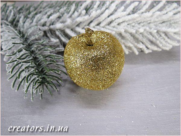 яблоко в глиттере золото