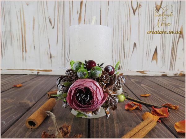 свеча с декором