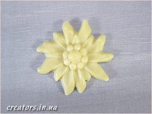 декор пластик цветы