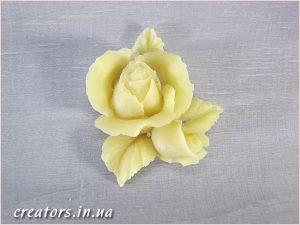 декор пластик роза